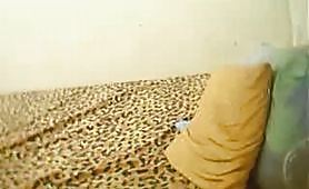 Giovane ragazzo omosex si sega in cam
