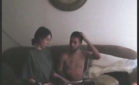Il sex tape di una giovane coppia disinibita