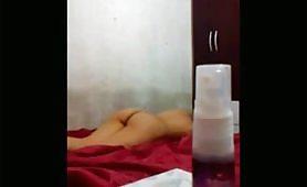 Il sex tape amatoriale di una coppia di fidanzati