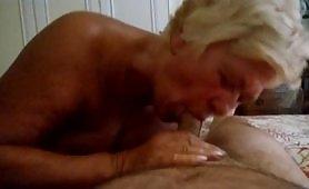 Agnese, la pensionata di Bari ritorna con un gran bel bocchino amatoriale