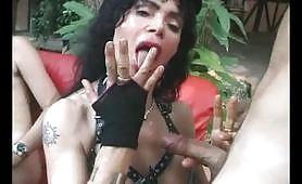 Laura Perego in versione sadomaso