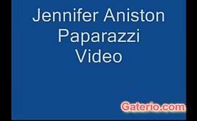 Jennifer Aniston nuda in spiaggia