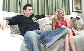 Sesso con la matrigna zoccola