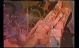 Ilona Staller Cicciolina - orgia in porno vintage