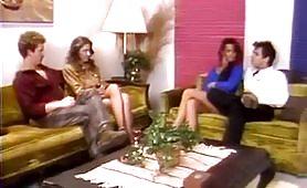 Una bella scena porno vintage con zoccola mora